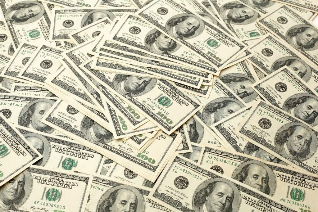 Dolar wciąż dominuje wświatowych rezerwach walutowych