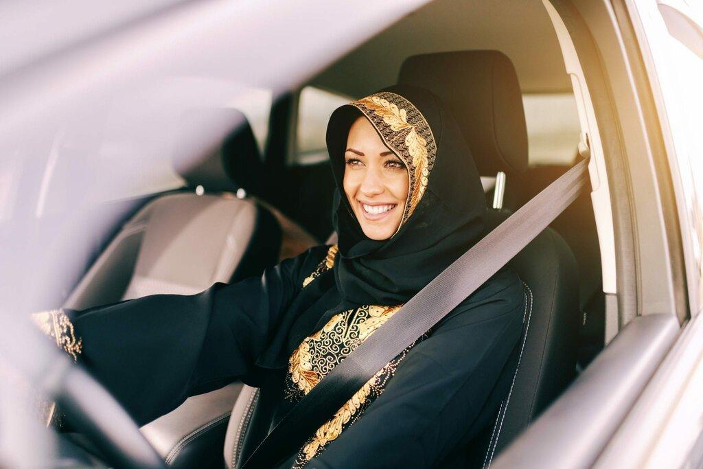 Rynek aut wArabii Saudyjskiej stanął na głowie – dzięki kobietom