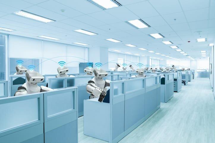 Czy automatyzacja pozbawi ludzi pracy? Odpowiedź zaskakuje