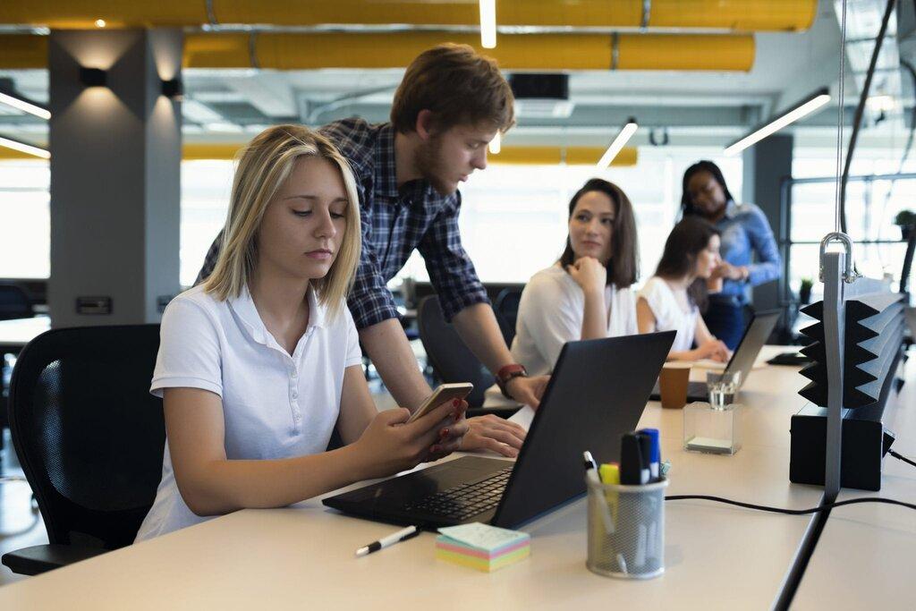 Jak usprawnić komunikację wzespołach wirtualnych