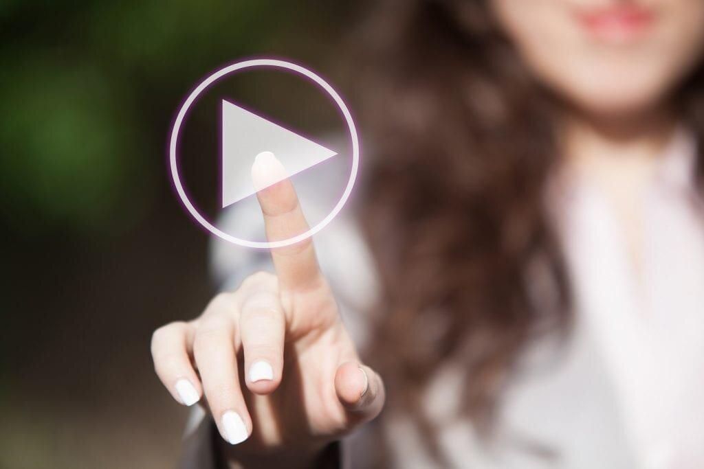 Komunikacja marketingowa online – jak dotrzeć do najmłodszych klientów?