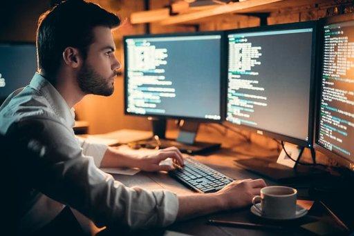 Cyberprzestępstwa – jak się przed nimi bronić?