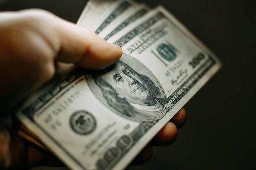 Banknoty, bilety, weksle – kiedy pieniądze stały się papierowe?