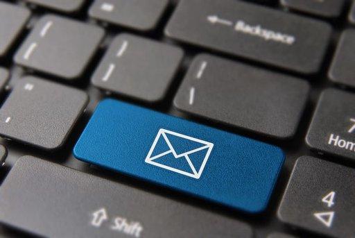 E-mail na dobre ina złe
